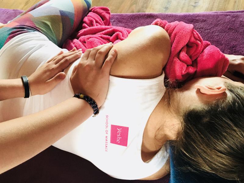 warsztat masażu tajskiego Yeshe Nuad